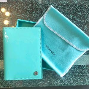 Rare!!🦋Tiffany & co🦋 passport wallet